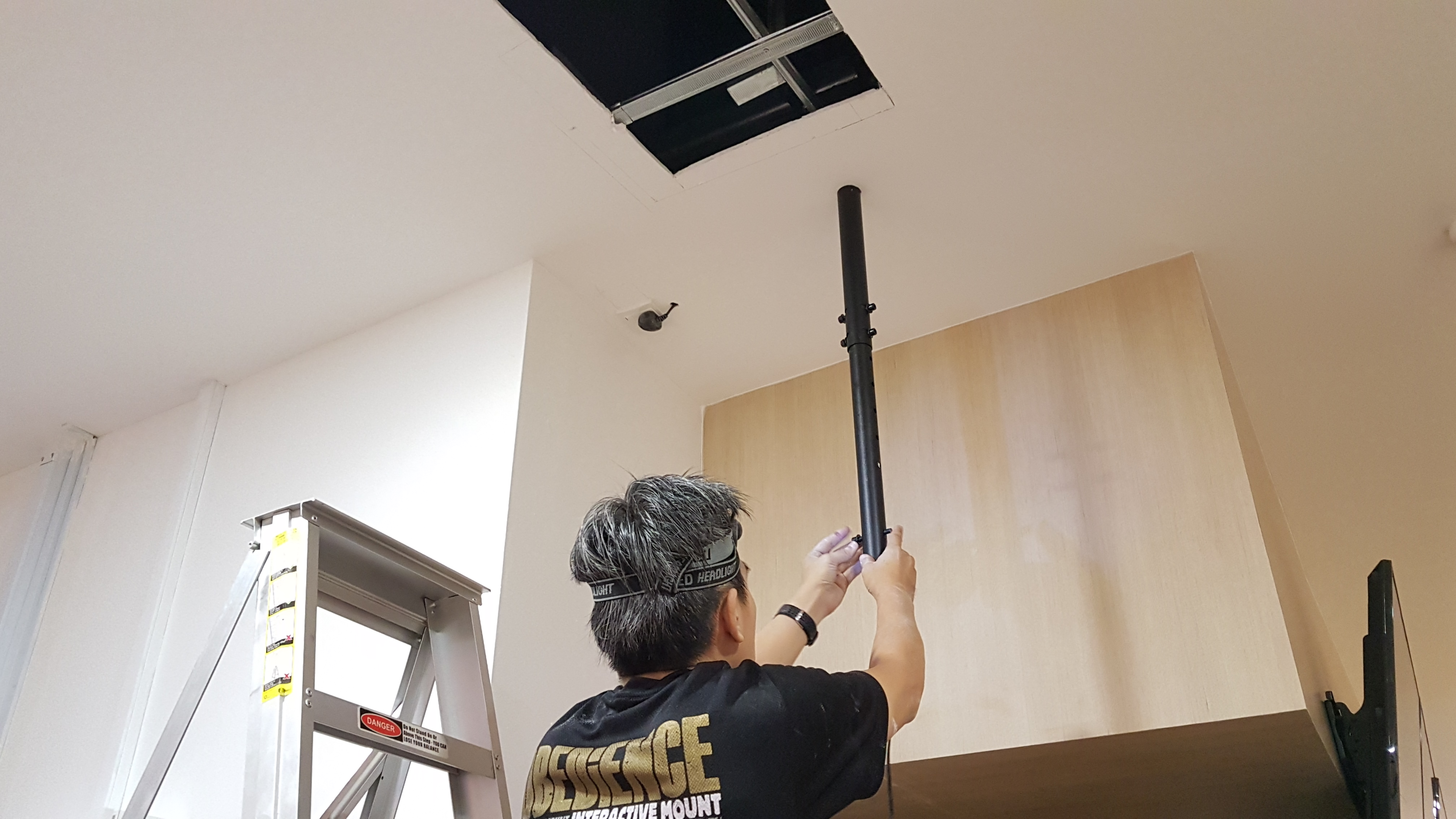 mounted mount brackets outside coppell melbourne pranksenders install ceilings ceiling tv